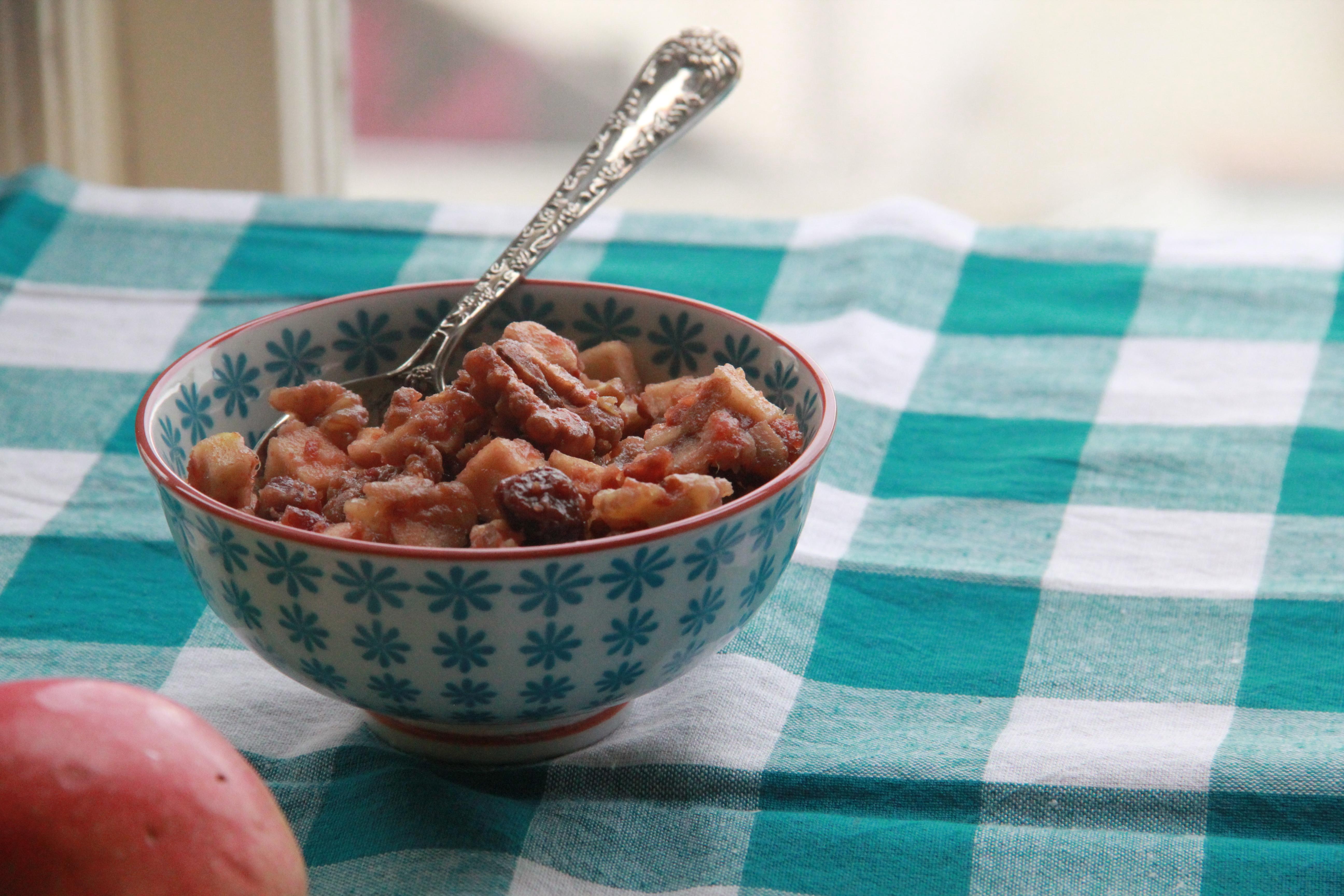 Casey\'s Apple Date Walnut Salad (Charoset) » Dunk & Crumble